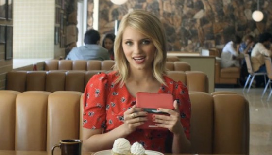 File:Dianna-agron-nintendo-3ds-39792 560x320.jpg