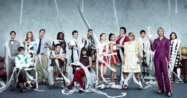 File:Glee-season-3-cast-photo.jpg