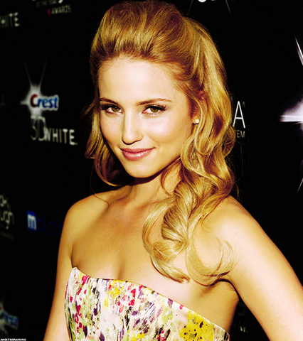 File:Dianna Agron.png