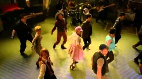 "Glee - Full Performance of ""Baby Got Back"""