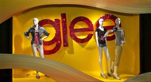 File:Glee clothes macy's.jpg