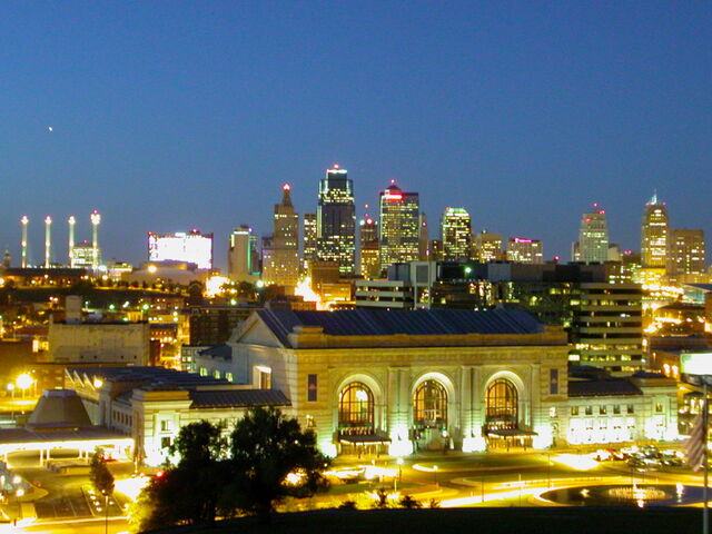 File:Kansas-City-Missouri-Downtown at Twighlight.jpg