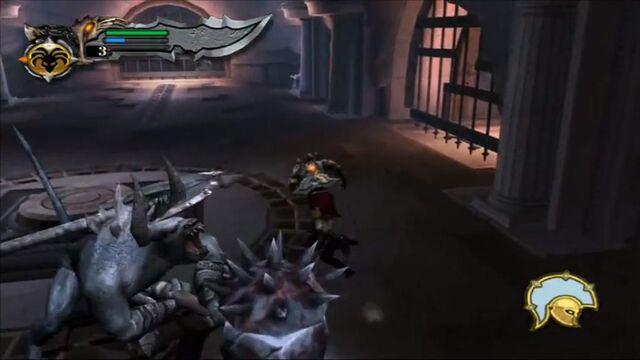 Archivo:Kratos vs minotaur hammer grunt 3 - GoW.jpg