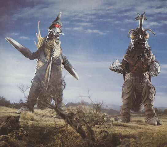 File:GVM - Gigan and Megalon Before They Attack Godzilla.jpg