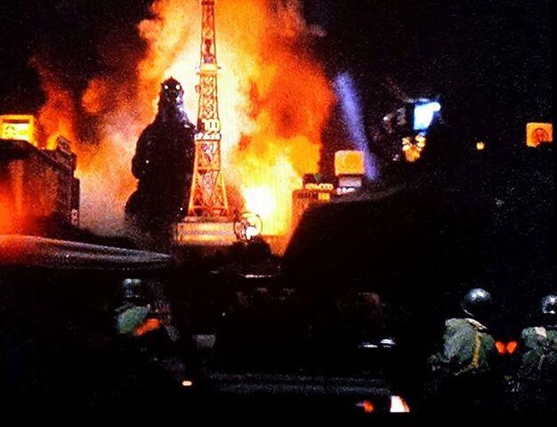 File:KVKG - Godzilla night.jpg