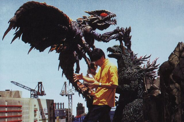 File:GXM - Godzilla, Megaguirus and Two People.jpg