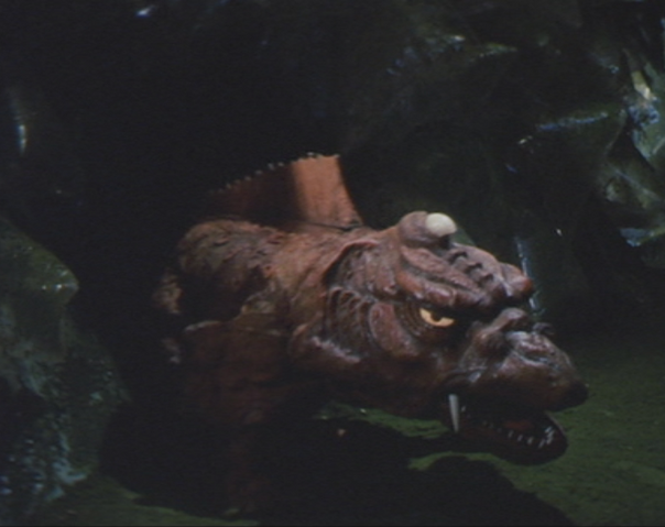 File:Gamera - 5 - vs Jiger - 37 - Baby Jiger.png
