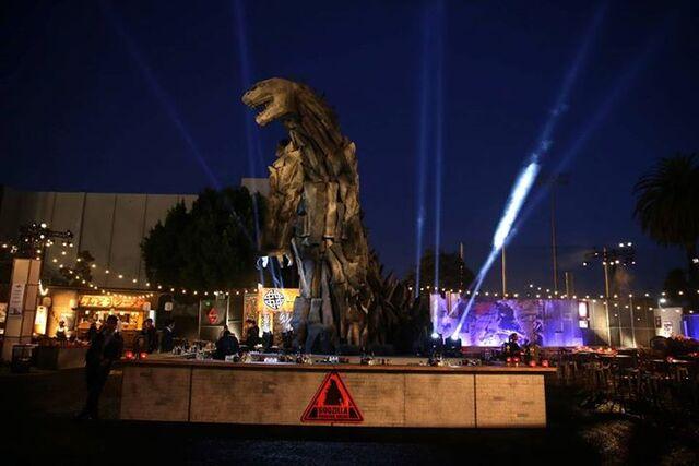 File:Godzilla 2014 Red Carpet 24.jpg