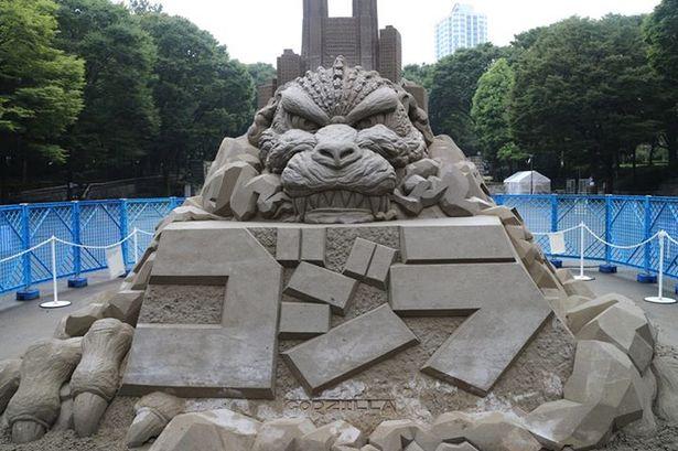 File:Godzilla-sand-scuplture.jpg