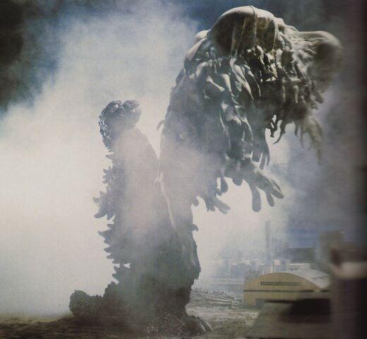 File:GVH - Godzilla About to Slam Hedorah.jpg