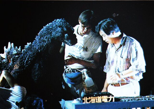File:GVKG - Preparing Godzilla's Destruction Scene.jpg