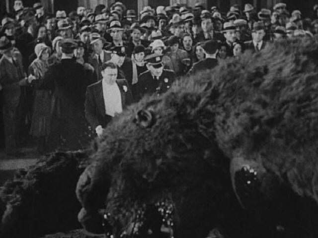 File:King Kong 1933 Ending.jpg