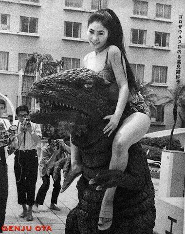 File:DAM - Gorosaurus and a girl.jpg