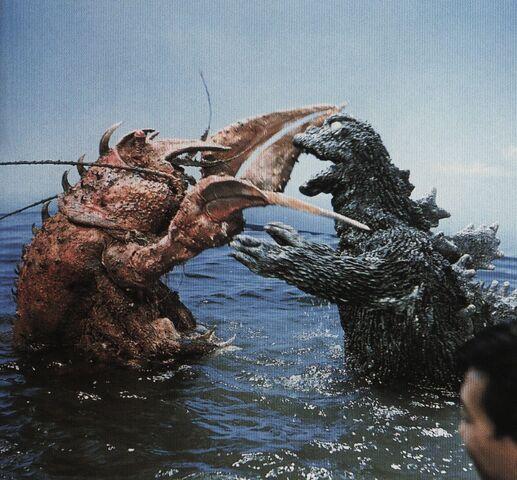 File:EHOTD - Man Sees Godzilla and Ebirah Battle.jpg