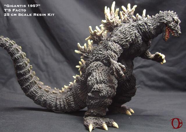 File:'Gigantis' T's Facto model.jpg