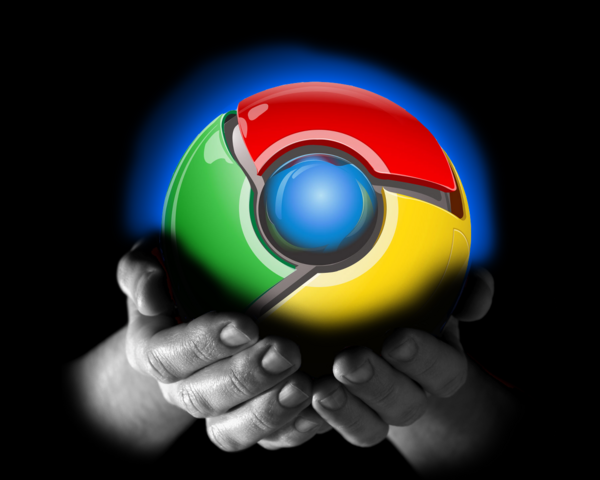 File:Google-chrome-in-hands.png