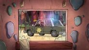 S1e3 police car