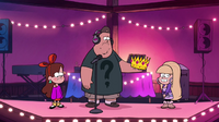 S1e7 soos giving pacifica crown