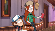 S1e7 dipper and wendy talking