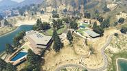 LakeVinewoodEstates-GTAV
