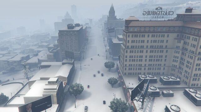 File:VinewoodBoulevard-GTAO-Snow.jpg