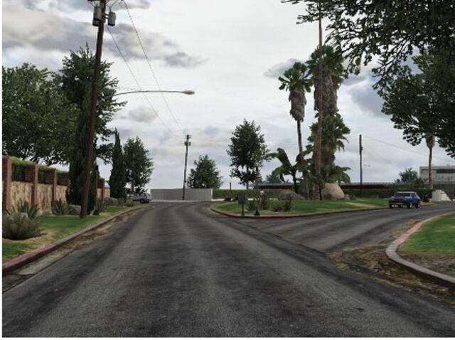File:LakeVineWoodEstates-Streetview-GTAV.jpg