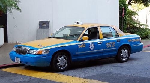 File:Mercury Grand Marquis 99' Taxi.jpg