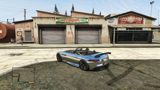 File:Beekers-garage.jpg