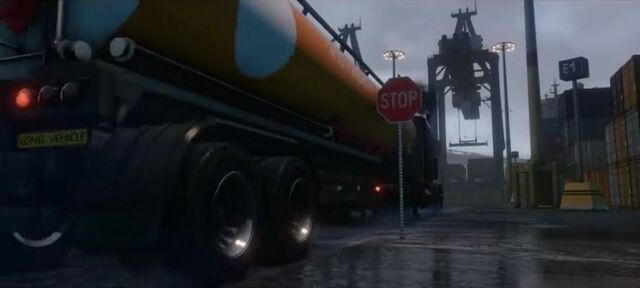 File:TankerTrailer-GTAV-next gen and PC trailer.jpg