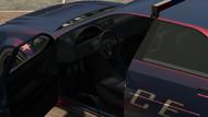 PoliceStinger-TBOGT-Inside