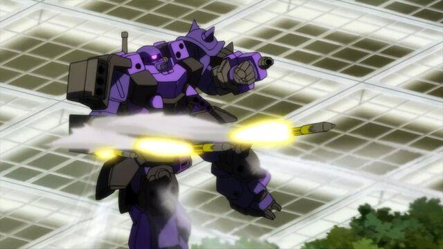 File:Super-custom-zaku-f2000-missiles.jpg