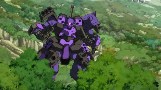 File:Super-custom-zaku-f2000-machine-guns.jpg