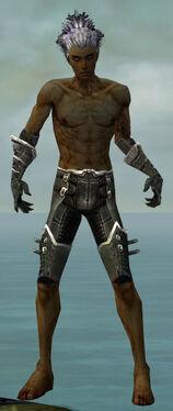 Necromancer Kurzick Armor M gray arms legs front