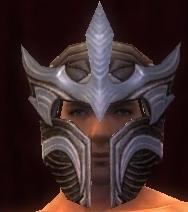 Monument helm