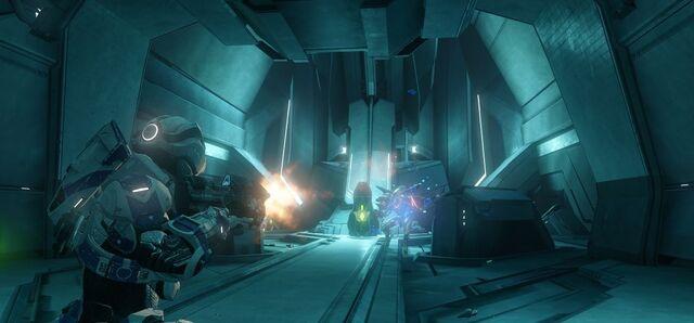 File:Halo 4 Spartan Ops SPARTAN-IV VS Promethean Knight.jpg