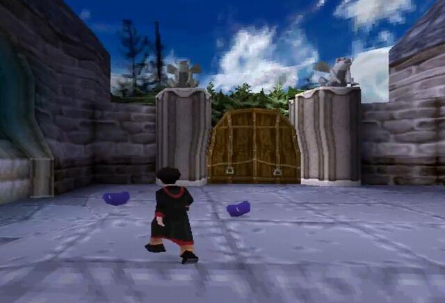 File:Gargoyle Gate.jpg