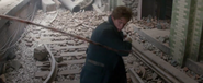 Newt pulls a rope