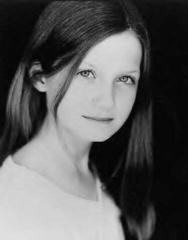 File:Bonnie Wright 510662.jpg