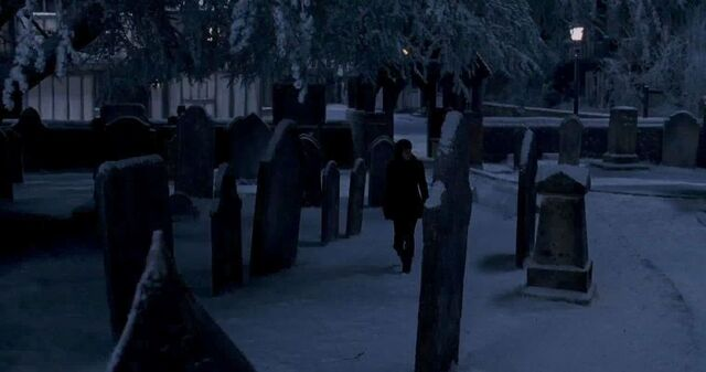 File:Godric's Hollow cemetery 02.jpg
