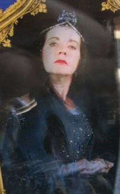 Bestand:Rowena Ravenclaw WWHP.jpg