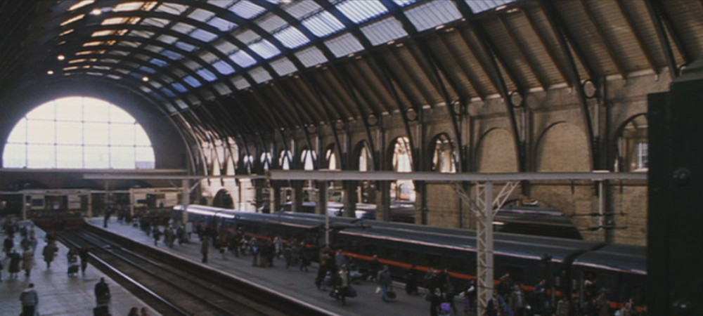 Fichier gare de king 39 s wiki harry potter fandom powered by - Gare king cross londres ...