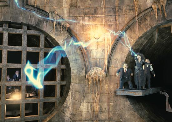 File:Bellatrix-gringotts.jpg