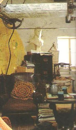 File:Lovegoodroom.jpg