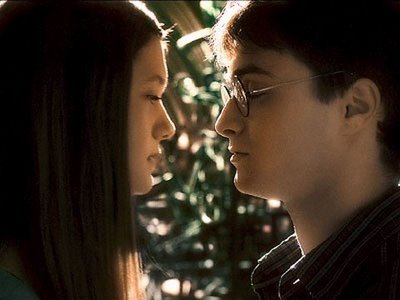 File:Daniel radcliffe and bonnie wright is about to kiss.jpg