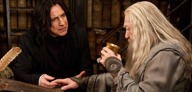 File:Snape and Dumledore curse.jpg