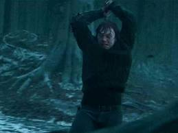 File:Ron destroy locket.jpg