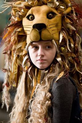File:Luna Lovegood on her homemade Lionhead hat.jpg