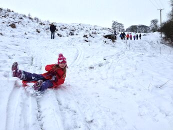 Sledging on claxby hill, lincolnshire