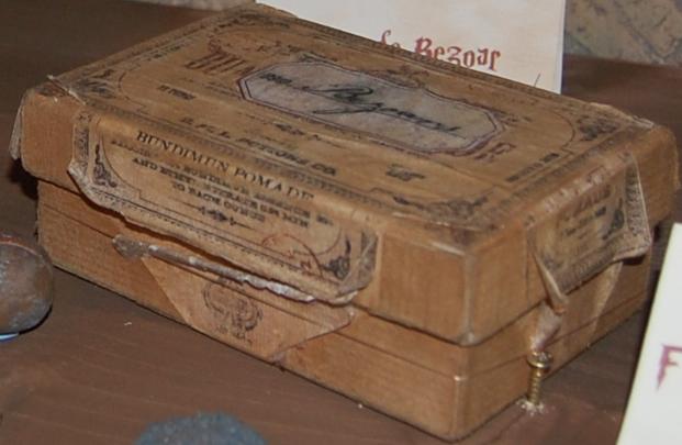 File:BoxofBezoars2.jpg