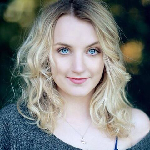 File:Evanna Lynch by Faye Thomas 2014.jpg